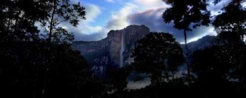 Самые красивые водопады в мире, от которых дух захватывает